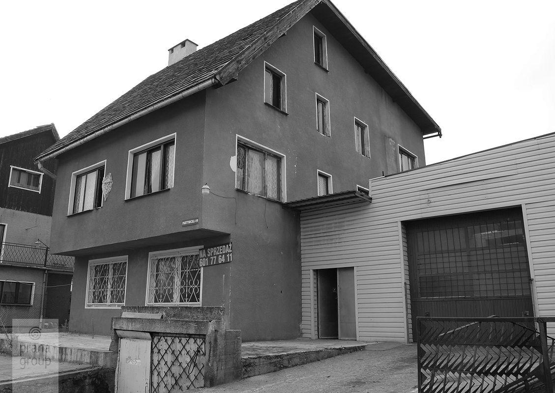 Projekt przebudowy budynku na Partynicach -- stan istniejący